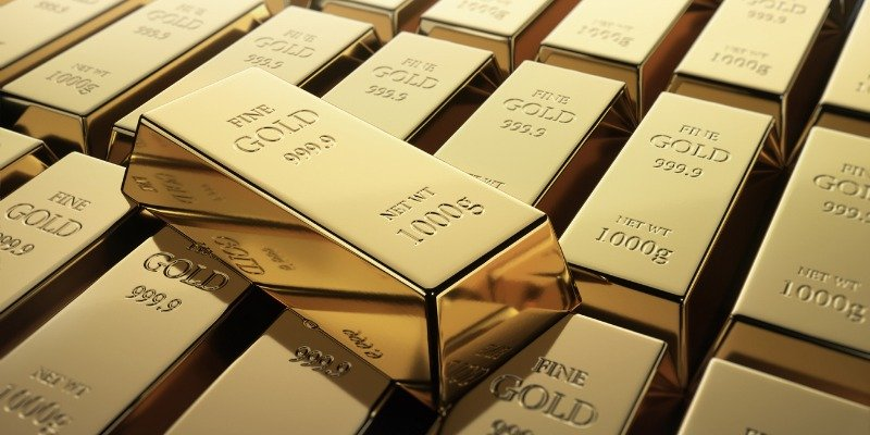 How to Invest in Gold With an IRA